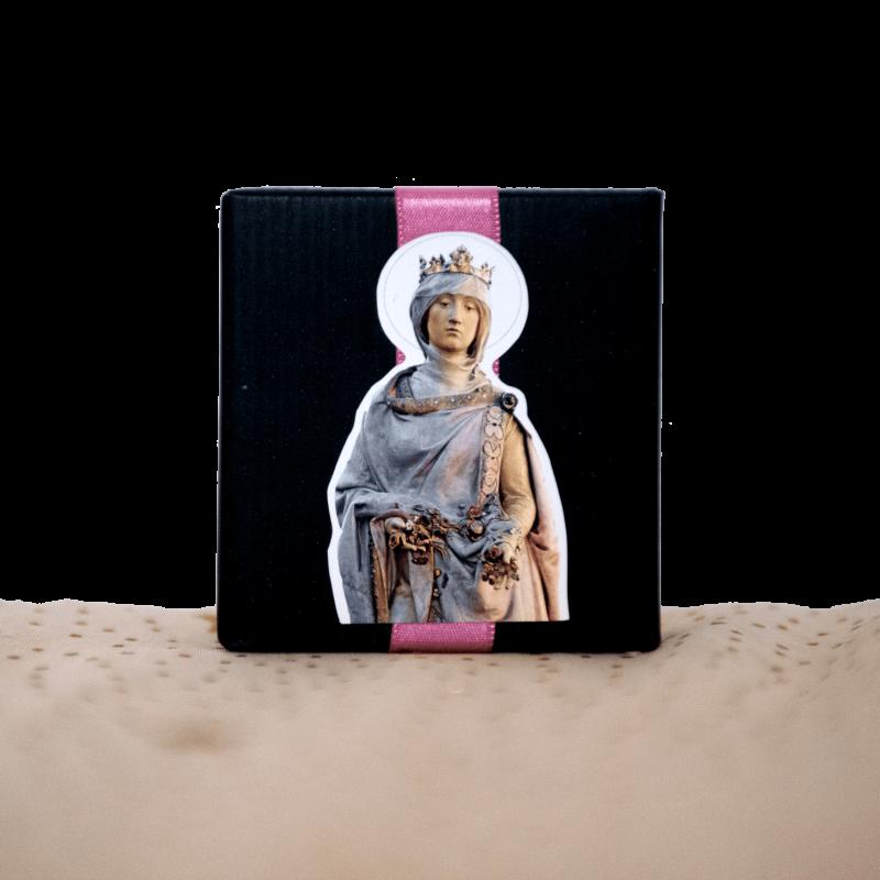 Rainha Santa (embalagem preta)