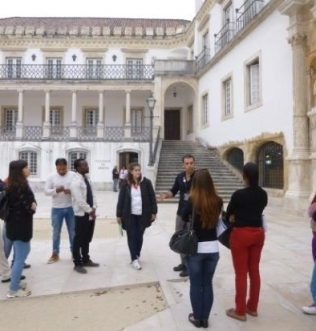 "Percurso cultural pelos domínios de ""Coimbra, Património Mundial: Universidade e Alta"""